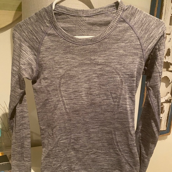 swiftly tech long sleeve top in grey, size 4